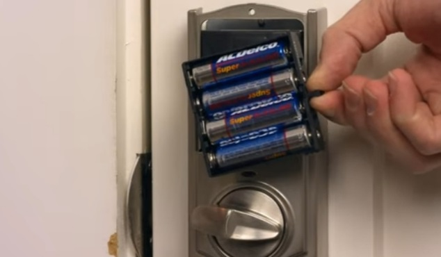 Kwikset Lock Not Working After Battery Change? (How to Fix)