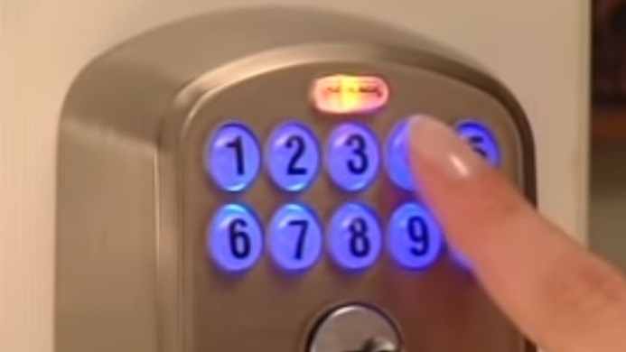 Schlage Keypad Lock Not Working When Cold? (Solved)